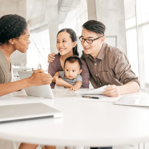 When Does Financial Support from Family, Friends Play the Role of Emergency Savings?
